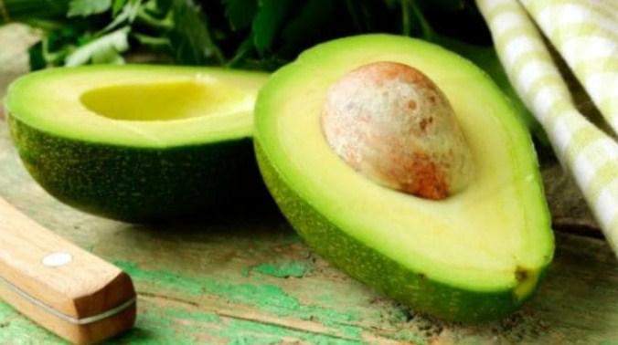 abacate fruta com baixo carboidrato