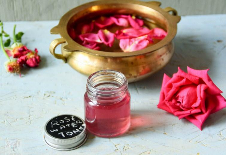 tonico facial de agua de rosas